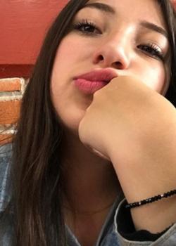 Valeria Trueba Que rico! 15