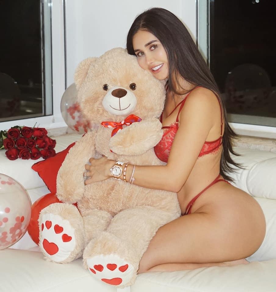 Joselyn cano una diosa de pies a cabeza fotos + videos full nudes 12