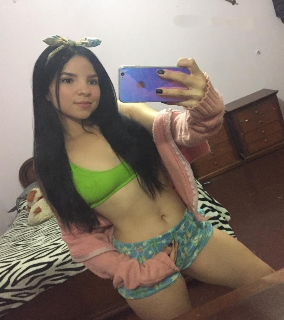 Mexicanas caseras porno Pack Casero De Jovencita Mexicana 1 Video Desnudandose Rico Pack De Mujeres 2021