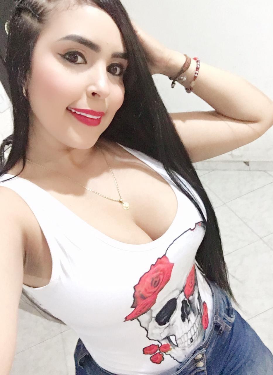 Valeria Castro rica mujeron follando duro en el motel 13