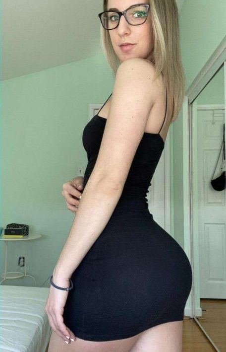 Amateur Girl Milawoods nudes 2