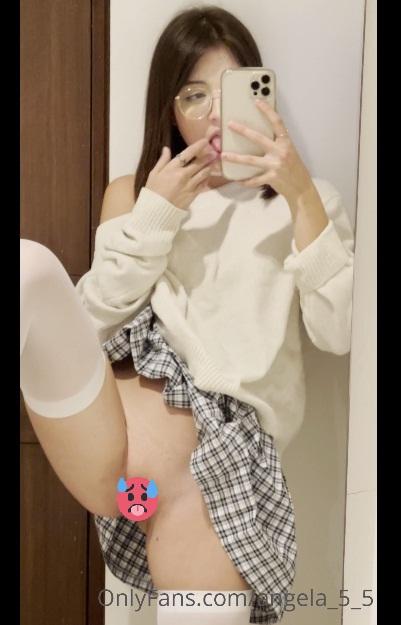 Videos de Blanquita cachonda masturbandose de Onlyfans 9