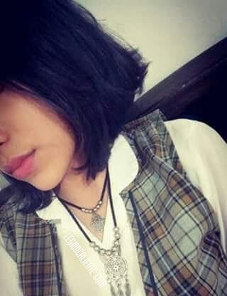 Teen Camila y su Jugosa Panochita Mojada. Ricas fotos XXX 2