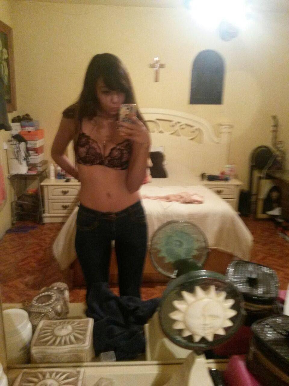 Pack filtrado de la jovencita Liz y su encantador cuerpo.!! Fotos XXX 4