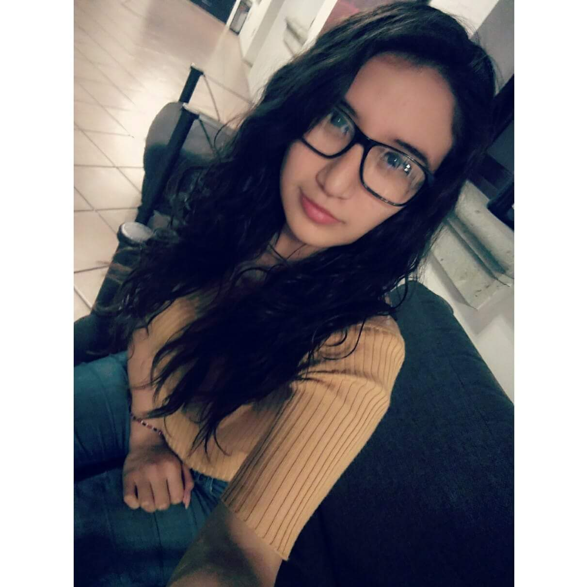 Estefania Mendoza hermosa jovencita tetona 2