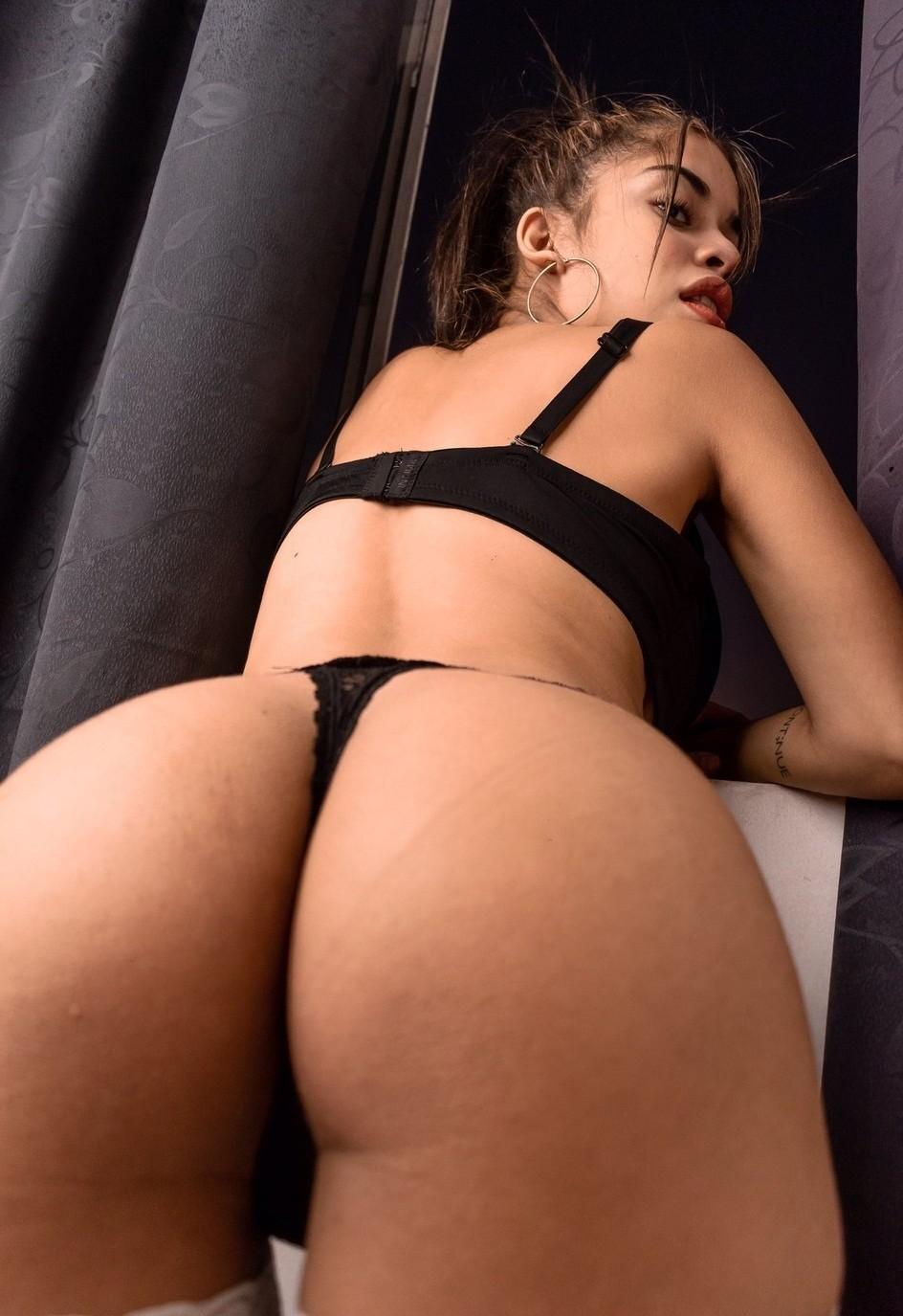 Pack De Camila + Masturbándose Exquisita Tetuda 14