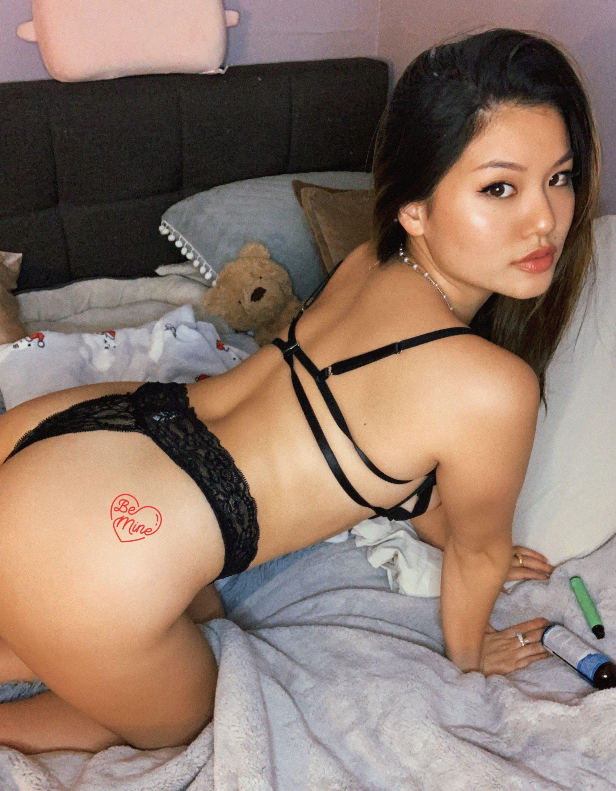 Pack de Babyjey fotos sensuales + nudes 1