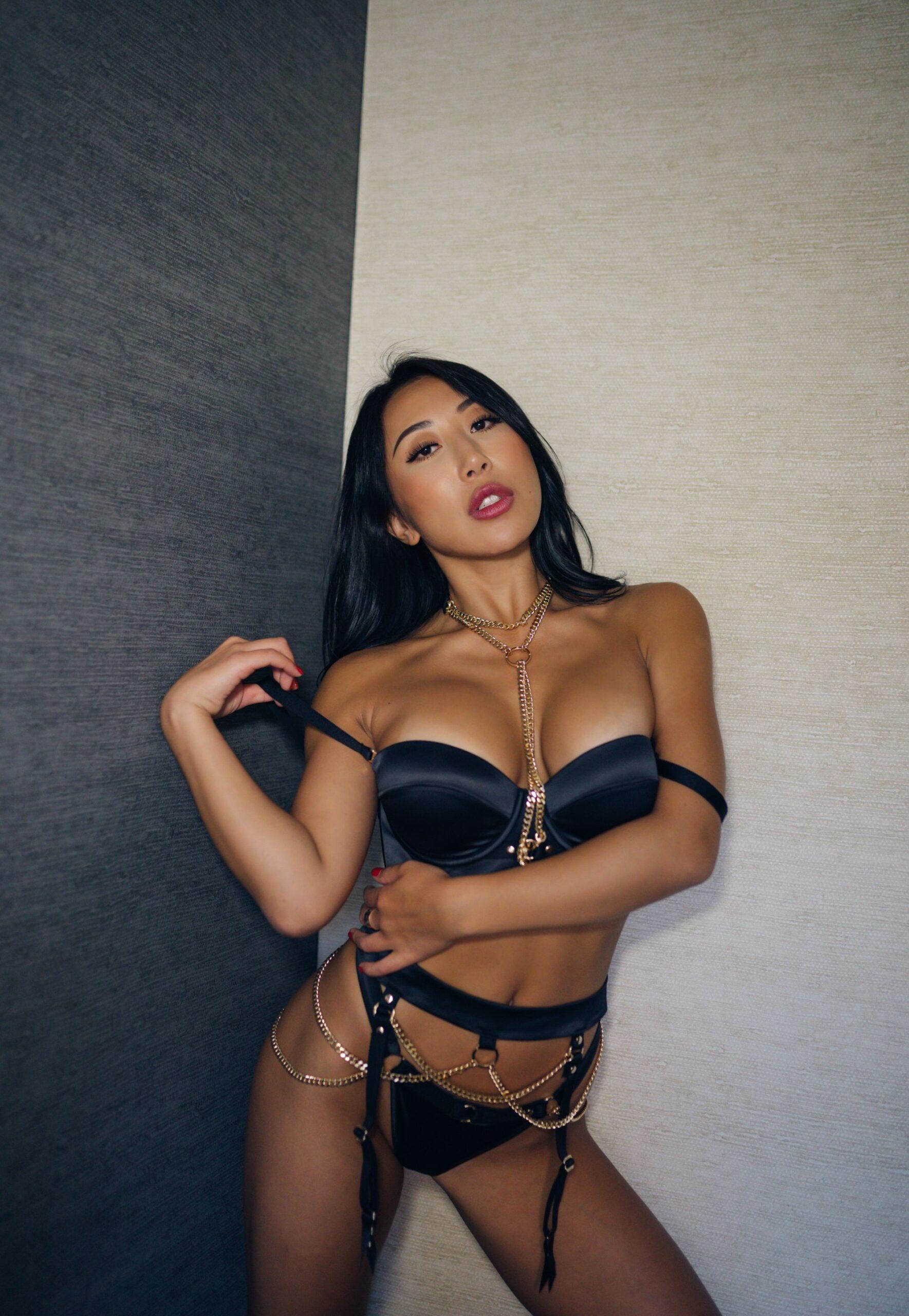 Descargar pack de Nicole Doshi 1