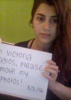 Victoria Paragios y su pack de fotos y nudes xxx Filtradas 18
