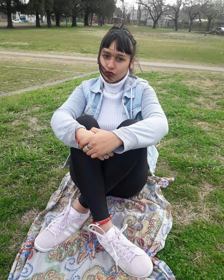 Daiana Fernández hermosa adolescente + FOTOS Y VIDEO 2