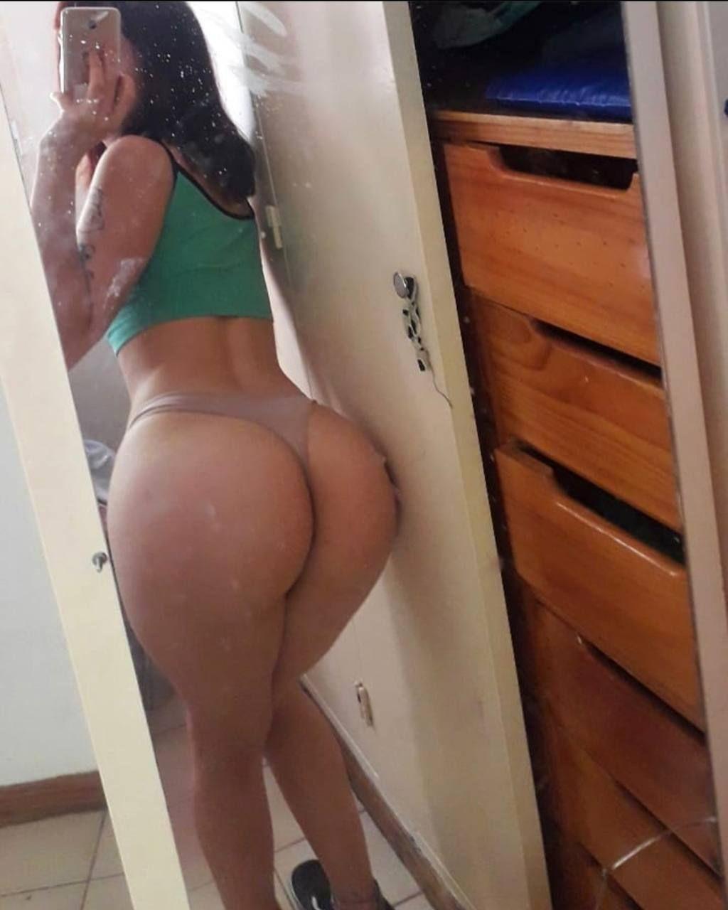 Delicioso culo de Mariana + nudes 2