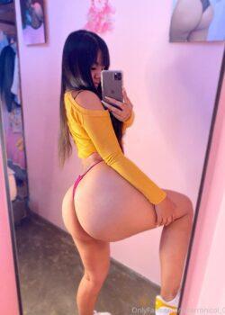 Nicol rica Nalgona de Onlyfans + vídeos se masturba con su peluche 22