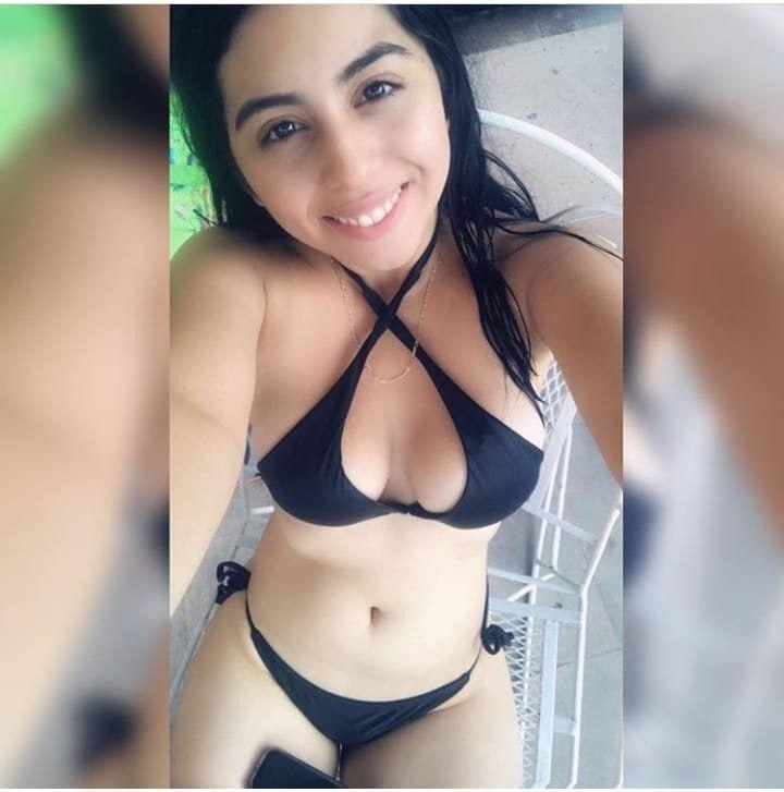Karla Rojas. Jovencita caliente con nudes de infarto. Full Fotos+ 3