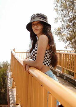 Colegiala Fernanda expone su pack de fotos con Video intimo xxx. 14