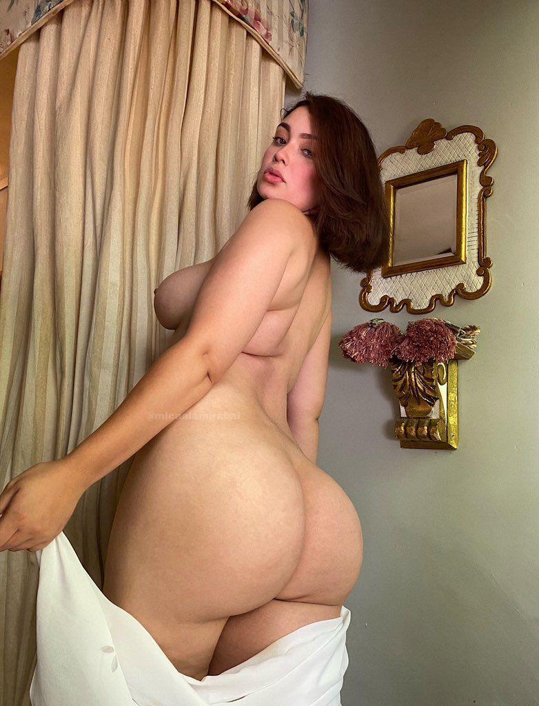 Mikaela y su pack de infarto con nudes y video xxx. 3