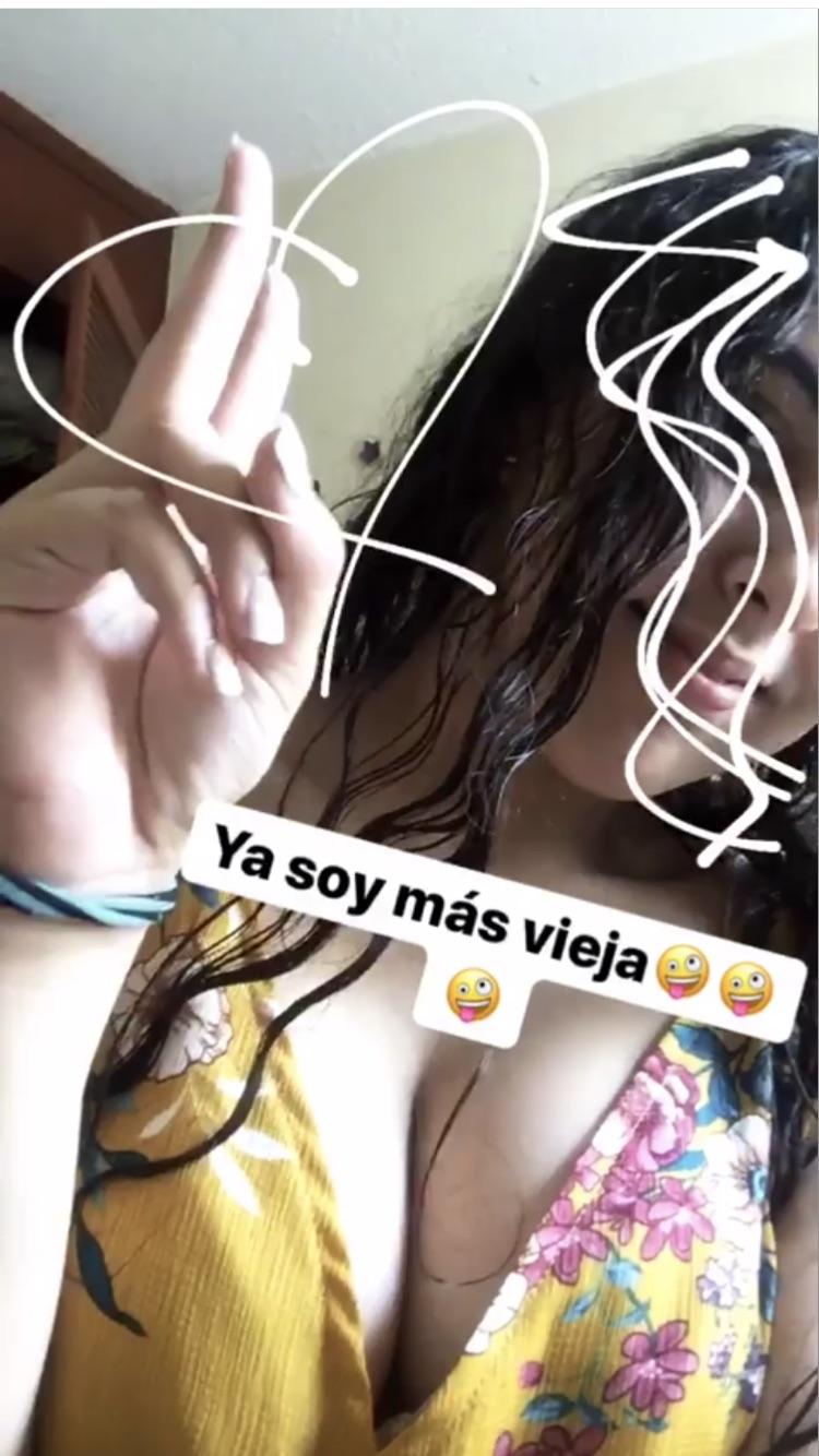 Paola adolescente tetona mostrándose sin censura + Videos y Instagram 1