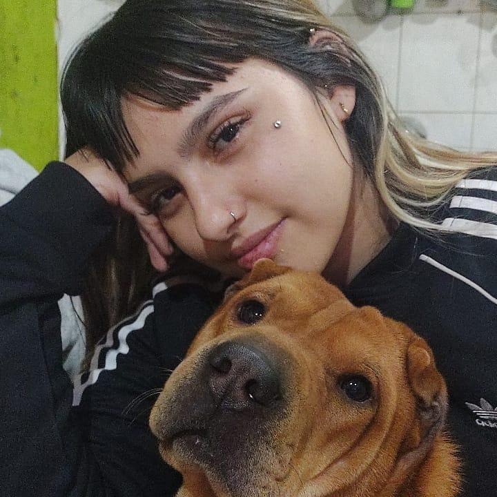 Dana Abril fotos + Video cogiendo de hermosa adolescente 1