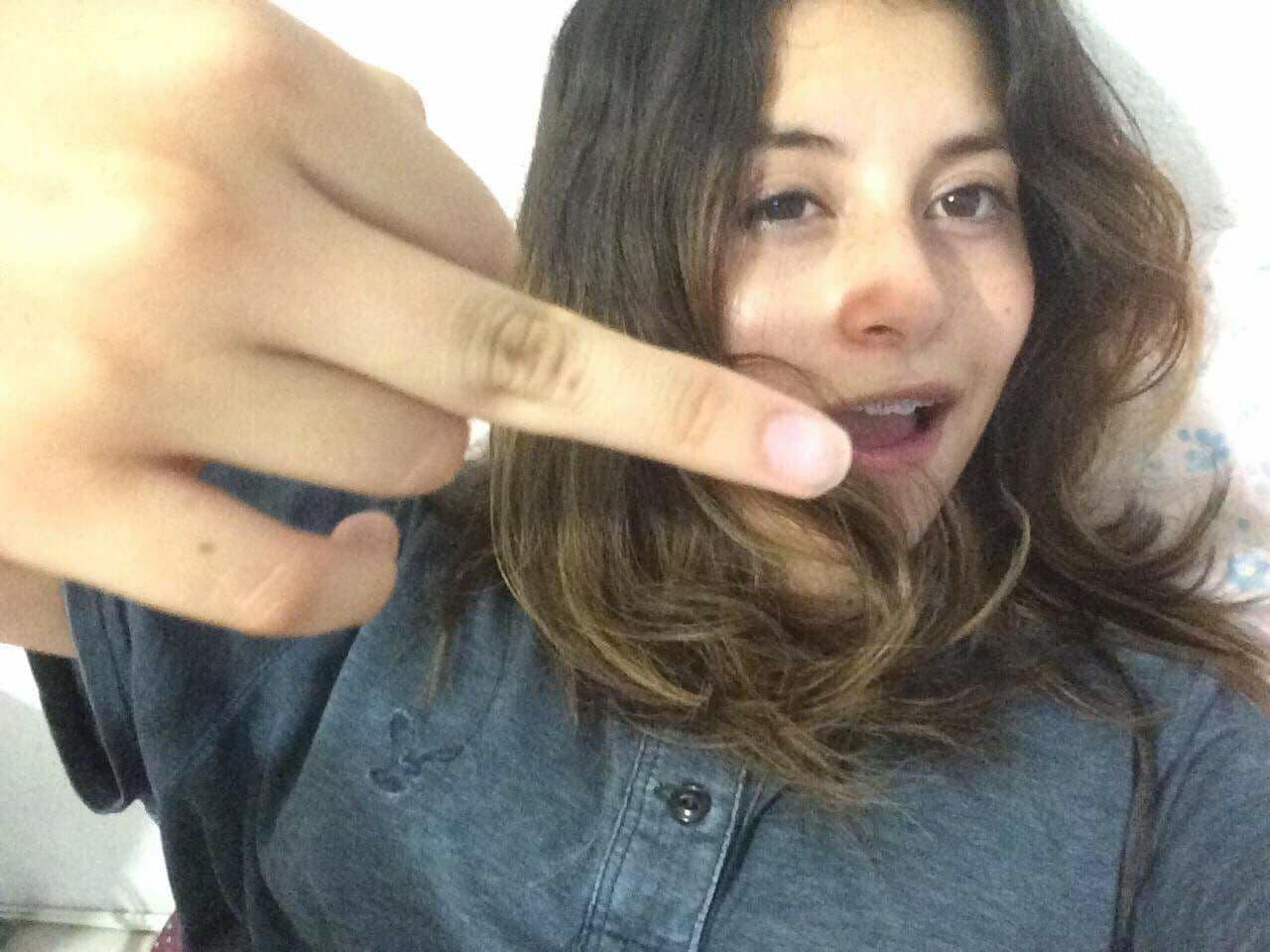 Pareja amateur de adolescentes +NUDES Y 15 VIDEOS COGIENDO 3