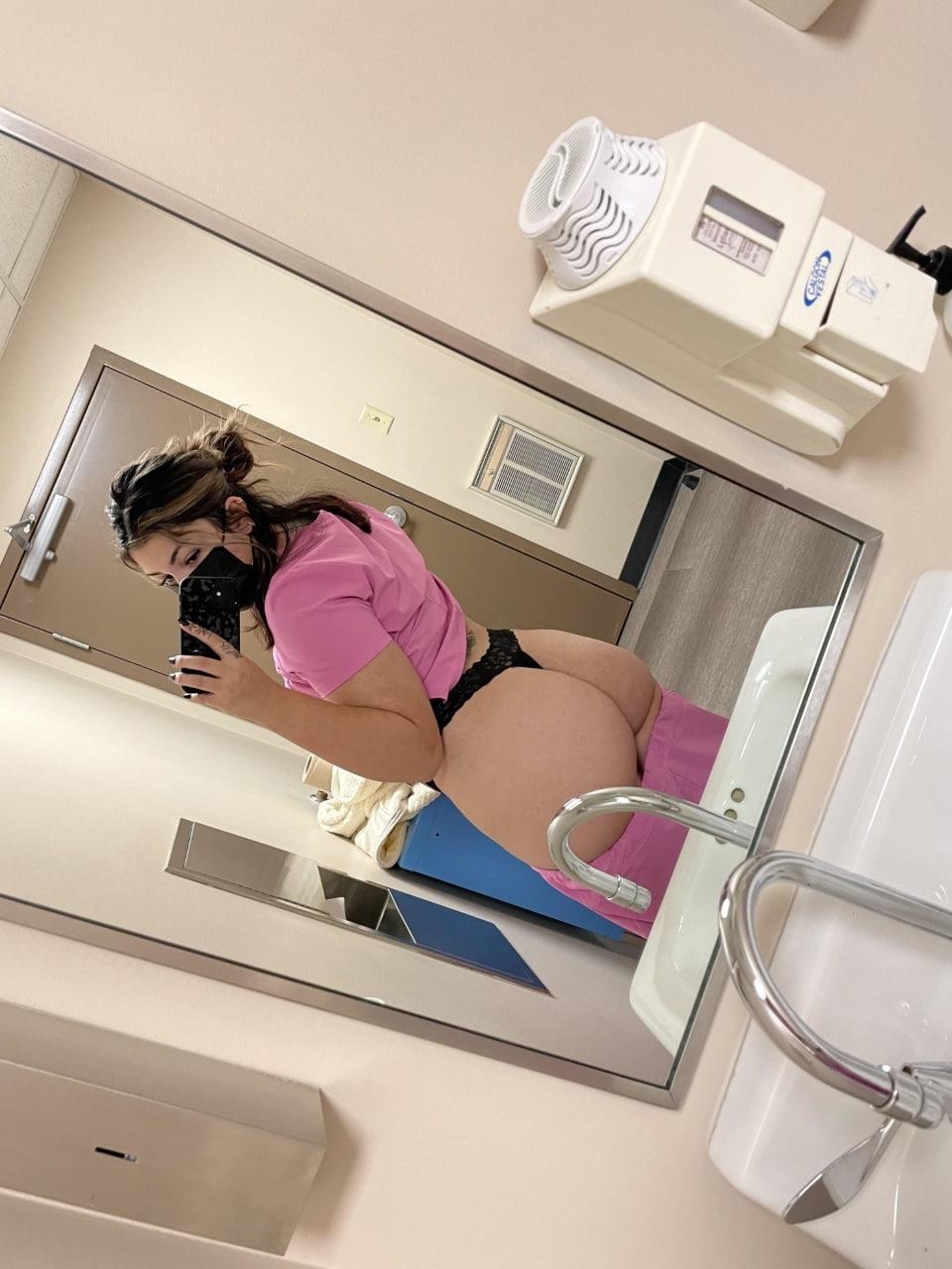 PACK casero de Enfermera Culona con Ricas Tetas 3