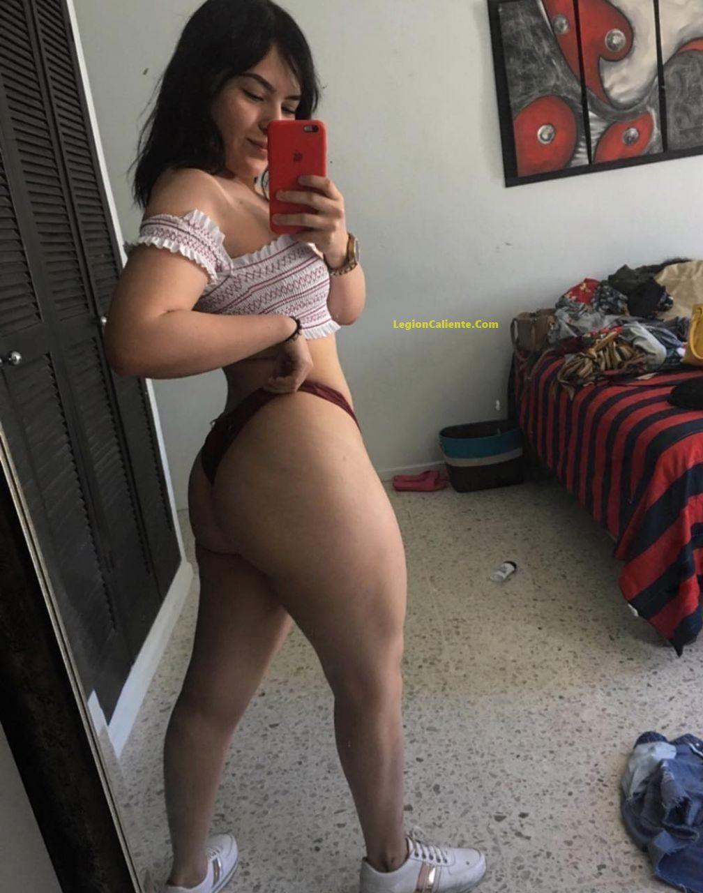 Pequeña Fitnees Fanny Rivera y su espectacular pack de nudes sin censura. 1