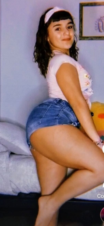 Daniela Martínez y su delicioso pack de nudes y videos ricos caseros.! 3