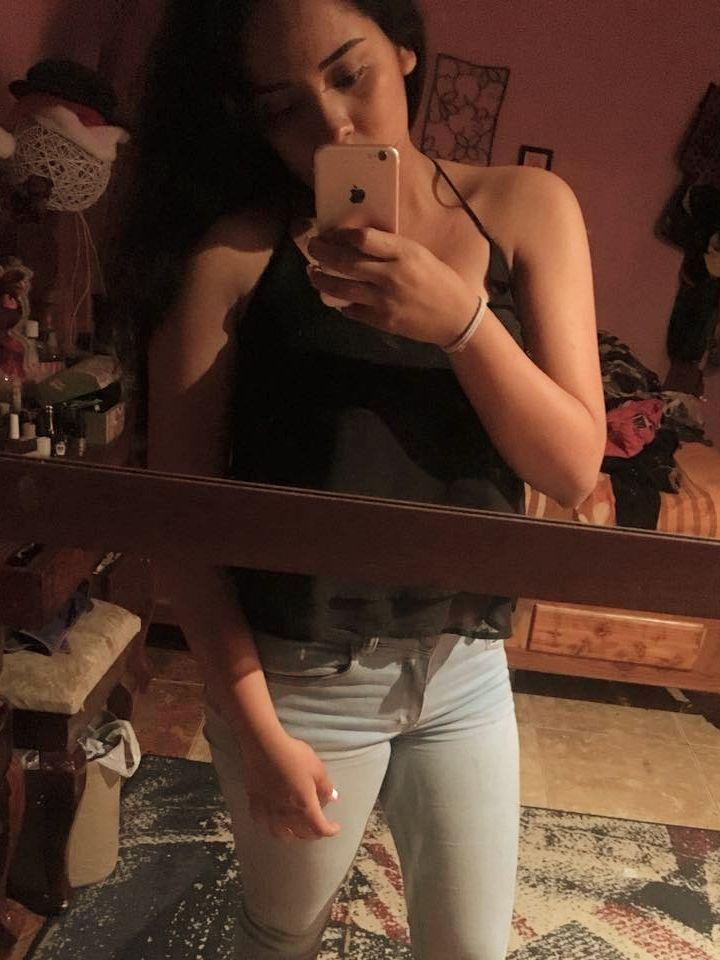 Hermosa jovencita Dainy Gutierrez fotos + nudes 1