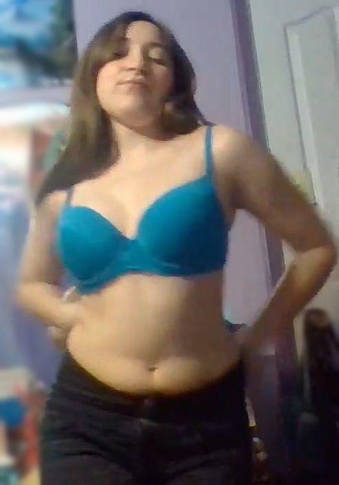 Moorrita tetona Rosario Badilla y su suculento pack de nudes con video casero. 3