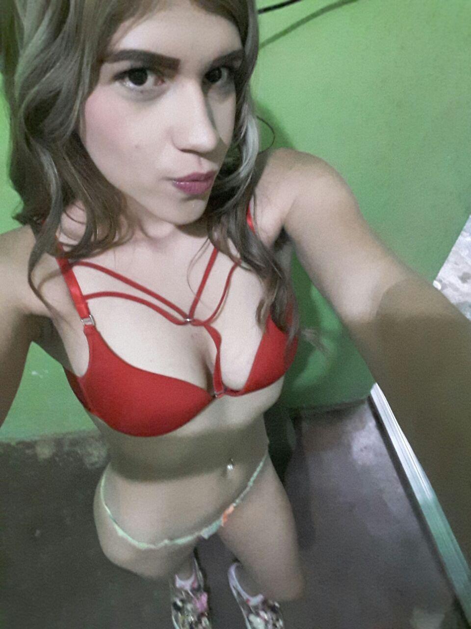 Suculenta Kelly Johana con pack de nudes explícitos completos + Videos.! 2