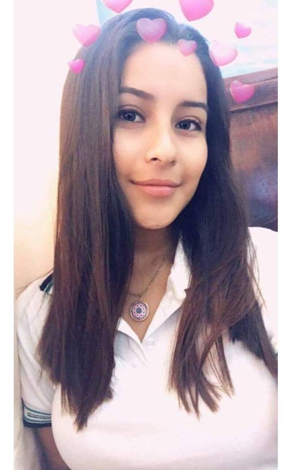 Rebeca Rosas PACK casero de Colegiala Tetona 1
