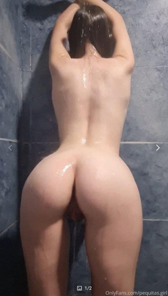 Flaca Pervertida Bien Mojadita se masturba con un pepino + 5 videos 16