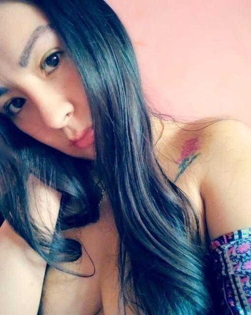 Pack de fotos de linda Peruana 1