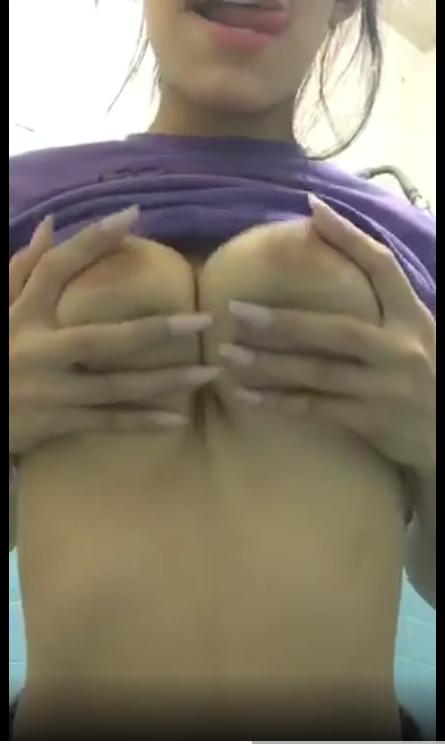 PACK casero de Marian hermosa jovencita tetona + VIDEOS MASTURBANDOSE 2