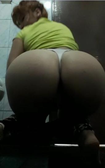 Jovencita Miriam Lara y sus ricas nalgas expuestas en videos caseros. 2